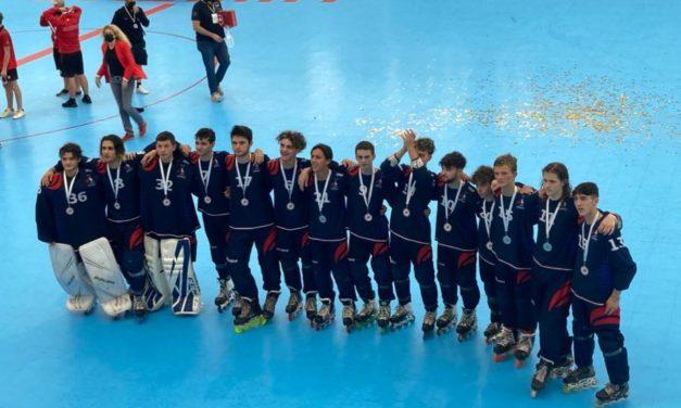 L'équipe de France U18 et nos 2 jeunes Yeti's Grenoble vice-Champion d'Europe 2021 ! 🥈